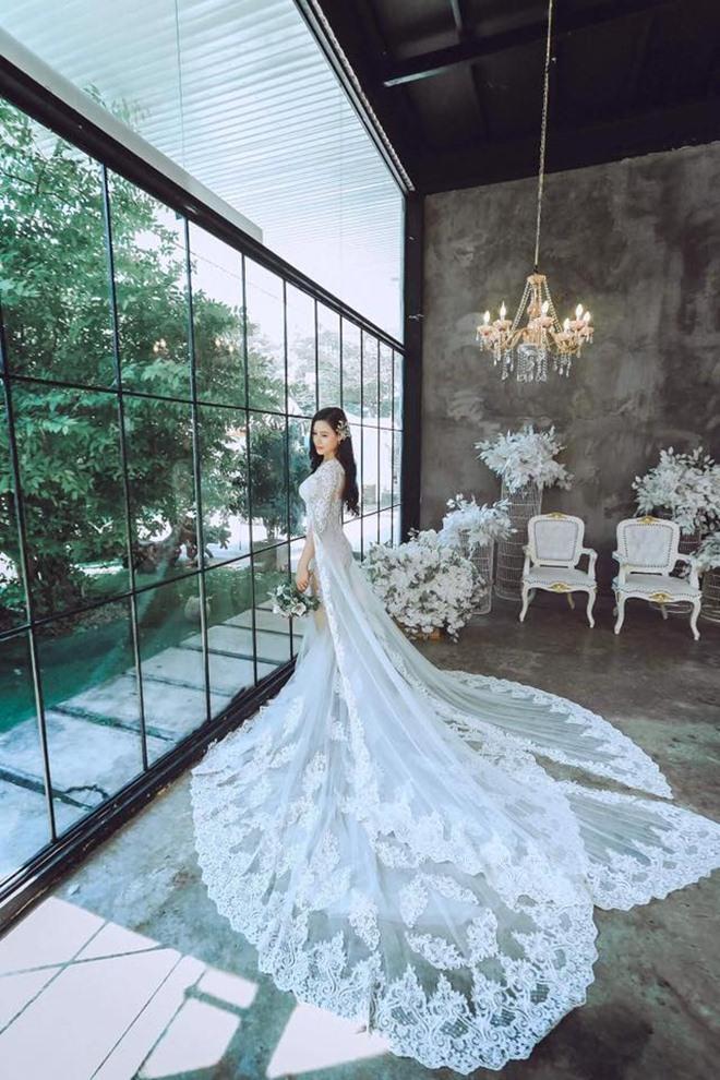 Fan giật mình nhận ra vợ mới kém 10 tuổi của Vân Quang Long quá giống Lê Phương-12