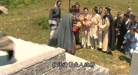 Trung Quốc chế nhạo cảnh nghèo nàn trong phim TVB-3