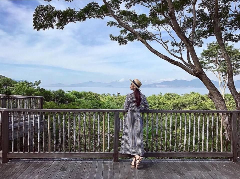 Chi Pu - Hoàng Ku cùng nhau đứng top 1 mặc đẹp nhất street style tuần này-7
