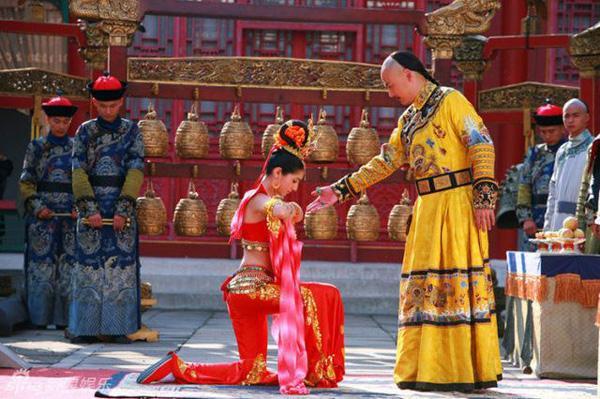 Thân thế đời thực của Hàm Hương, phi tần được vua Càn Long sủng ái hết mực trong Hoàn Châu Cách Cách-5
