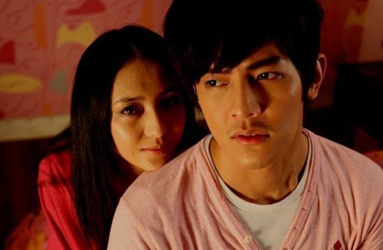 Ai là người chiếm giữ nụ hôn đầu trên màn ảnh của Phạm Băng Băng, Dương Mịch?-12