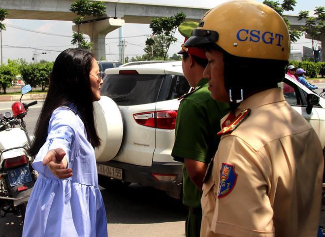 CSGT bị diễn viên Ngọc Lan lớn tiếng: Tôi chưa gặp ai như cô ta-1