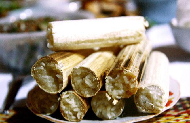 Cơm lam Định Hóa là món ăn mang bản sắc thôn quê tại Thái Nguyên