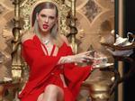 Hóa ra đây là cách Taylor Swift lơ lửng trên không trong MV hóa rắn!-3