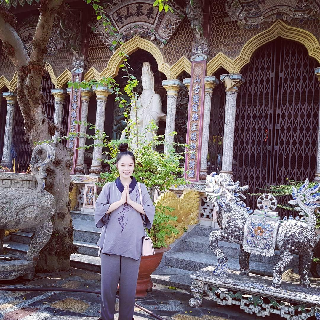 Tin sao Việt 7/9: Mạc Hồng Quân an nhiên bên vợ con sau thời gian lên tuyển-4