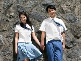 30, 40 tuổi sao Hàn vẫn cạnh tranh độ trẻ khi liên tục mặc đồng phục tới trường