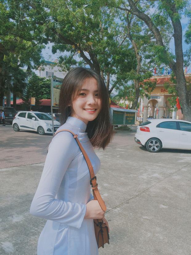 Cô gái năm ấy chúng ta theo đuổi phiên bản Việt với áo dài trắng và nụ cười cực xinh-3