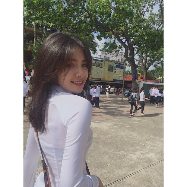 Cô gái năm ấy chúng ta theo đuổi phiên bản Việt với áo dài trắng và nụ cười cực xinh-1