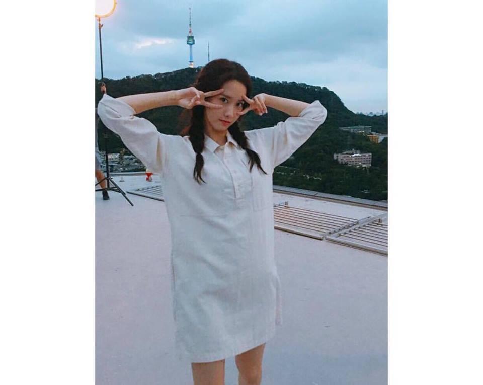 Dara diện phong cách cái bang - CL rườm rà nhất bảng street style Hàn tuần này-12