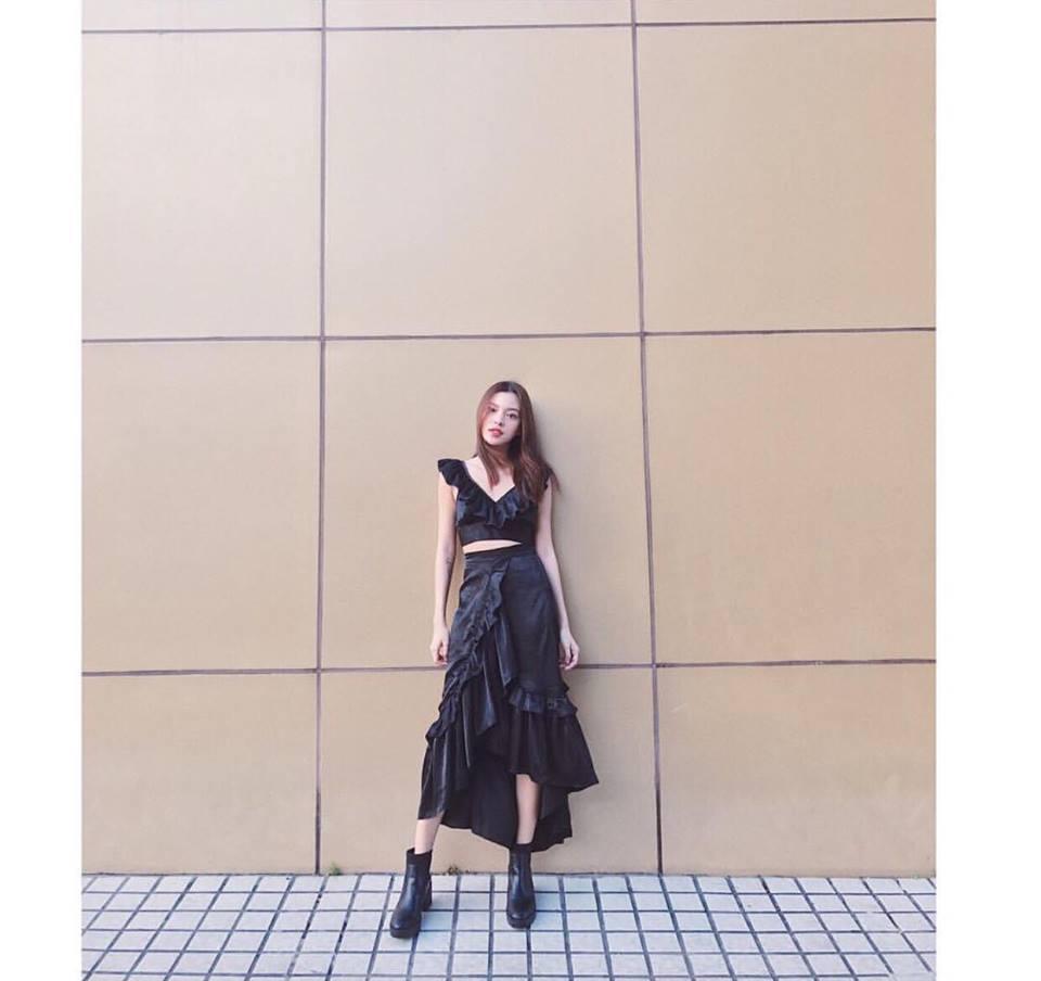 Bộ ba chân dài Tú Hảo - Ánh Quỳnh - Tường Linh đồng loạt khoe street style cực bắt mắt-1