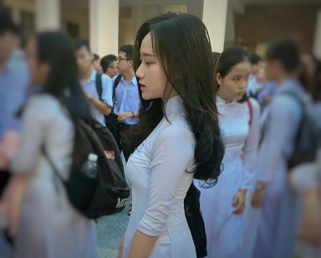 Những thiếu nữ Việt gây thương nhớ vì quá xinh đẹp trong tà áo dài-8