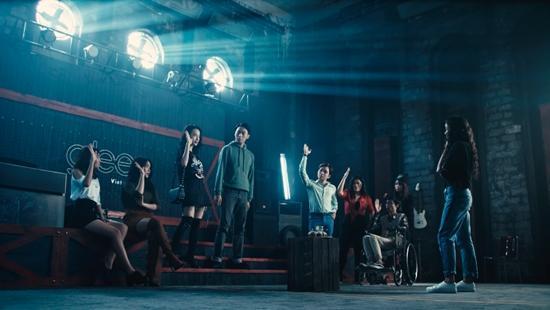 Angela Phương Trinh từ chối tình cảm của Hữu Vi vì vẫn yêu Rocker Nguyễn-2
