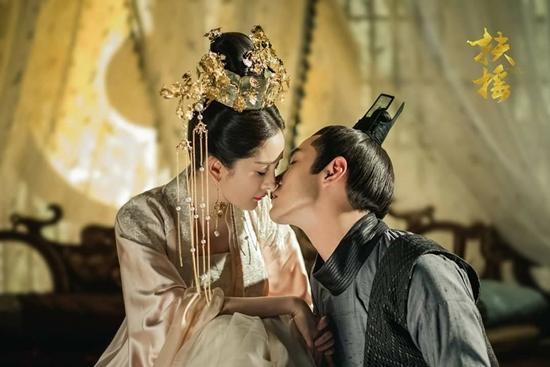 Dương Mịch - Châu Tấn - Trần Kiều Ân: Hoàng hậu nào sẽ chiến thắng trong cuộc đua rating?-3