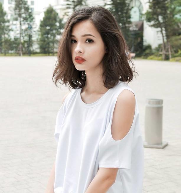 Nữ sinh lai xinh đẹp nhận học bổng du học Canada-6