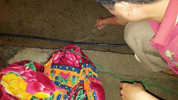 Nghệ An: Bé trai 4 tuổi tử vong trên đường làng, nghi bị điện giật-1