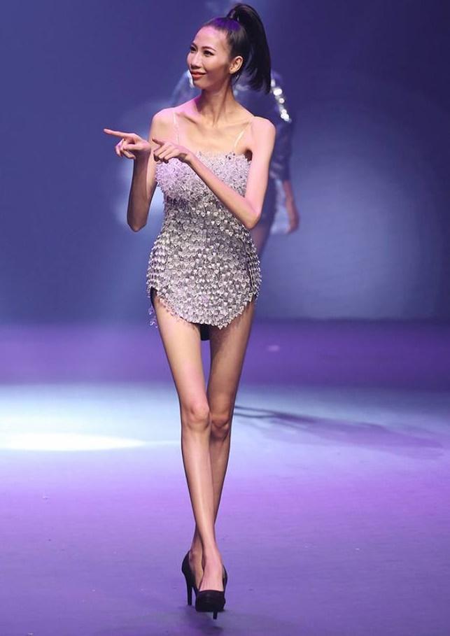 Nhiều mỹ nhân Việt sở hữu đôi chân tong teo gây ám ảnh không thua kém Cao Ngân-1
