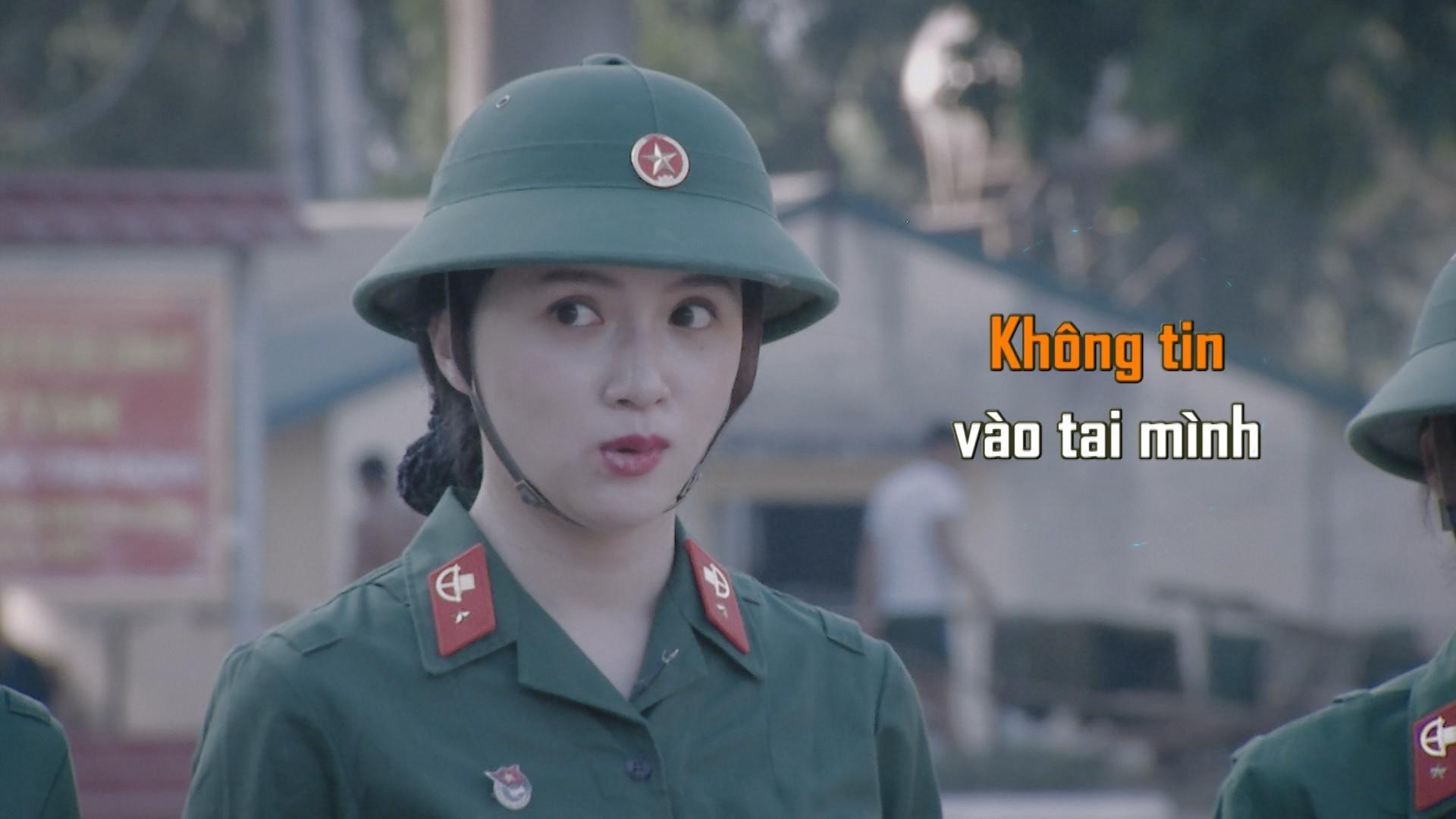 Hương Giang Idol bị chấn chỉnh vì nói năng điệu đà trong quân ngũ-5
