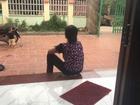 Mẹ chồng giúp con dâu đánh ghen, lột đồ cô gái trẻ: 'Tôi làm thế để con trai biết sai mà sửa'