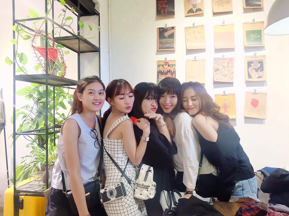 Hot girl - hot boy Việt 10/9: Khánh Linh trùng tu lại da mặt bằng phương pháp phi kim-9