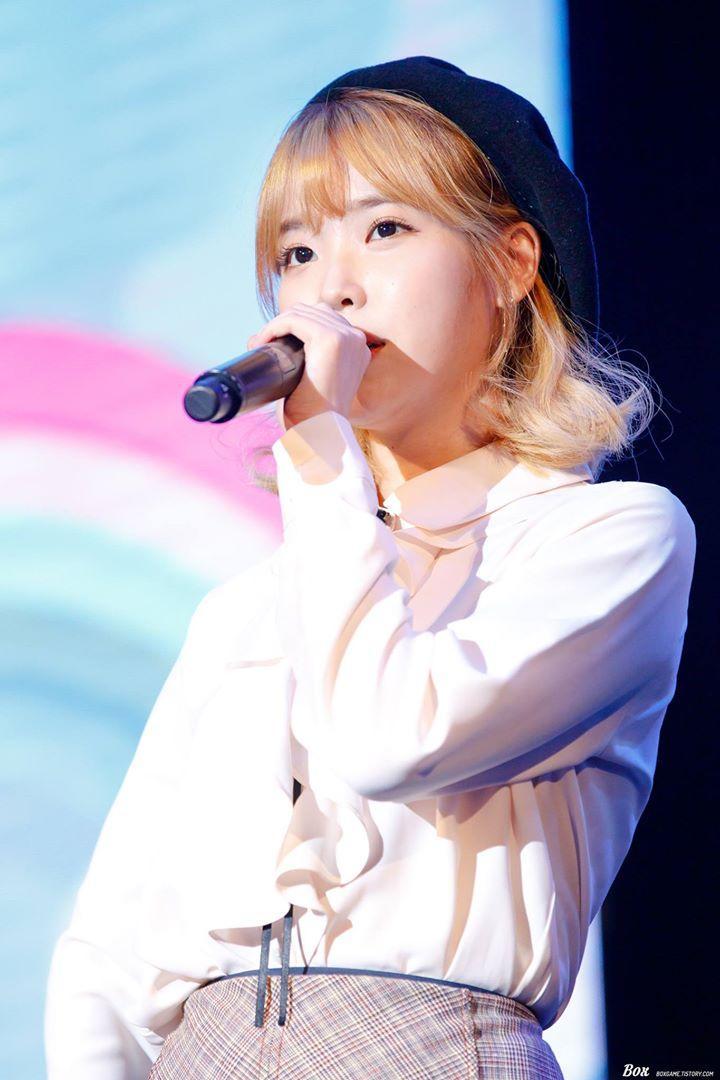 Sao Hàn 10/9: Nữ thần sexy HyunA tiết lộ từng tiệc tùng trong tình trạng bán khỏa thân-8
