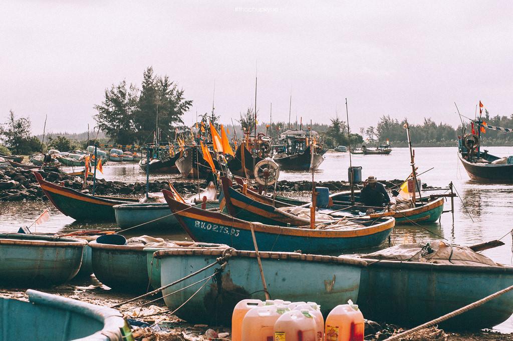Cảng cá Lộc An: Nét đẹp mộc mạc của người dân miền biển-3