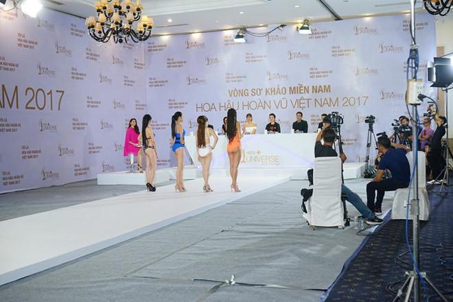 Hoàng Thùy diện bikini nổi bật ở Hoa hậu Hoàn vũ Việt Nam-2