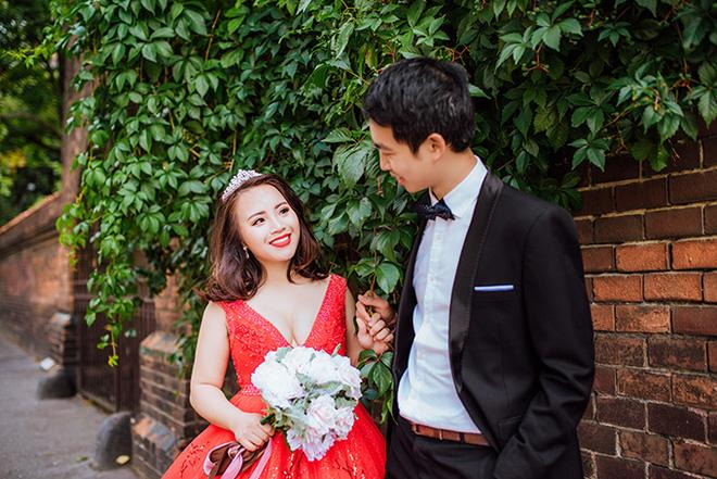 Cặp đôi bác sỹ Việt sống tại Séc hẹn hò trong… phòng giải phẫu, 7 năm sau về trường xưa chụp ảnh cưới-2