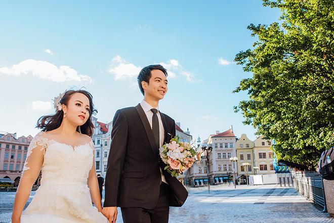 Cặp đôi bác sỹ Việt sống tại Séc hẹn hò trong… phòng giải phẫu, 7 năm sau về trường xưa chụp ảnh cưới-11