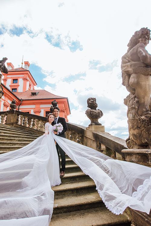 Cặp đôi bác sỹ Việt sống tại Séc hẹn hò trong… phòng giải phẫu, 7 năm sau về trường xưa chụp ảnh cưới-8