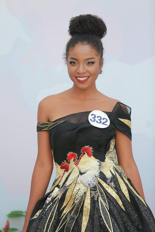 Hoàng Thùy - Mâu Thủy phong cách đối lập trong ngày thi phỏng vấn Hoa hậu Hoàn vũ-5
