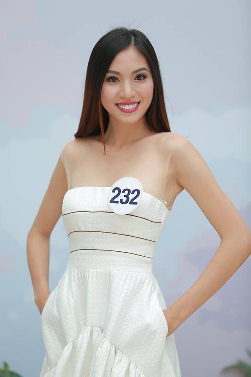 Hoàng Thùy - Mâu Thủy phong cách đối lập trong ngày thi phỏng vấn Hoa hậu Hoàn vũ-7