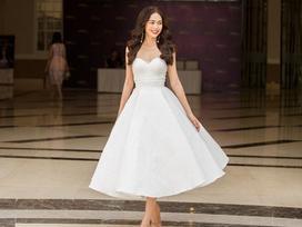 Hoàng Thùy - Mâu Thủy phong cách đối lập trong ngày thi phỏng vấn Hoa hậu Hoàn vũ