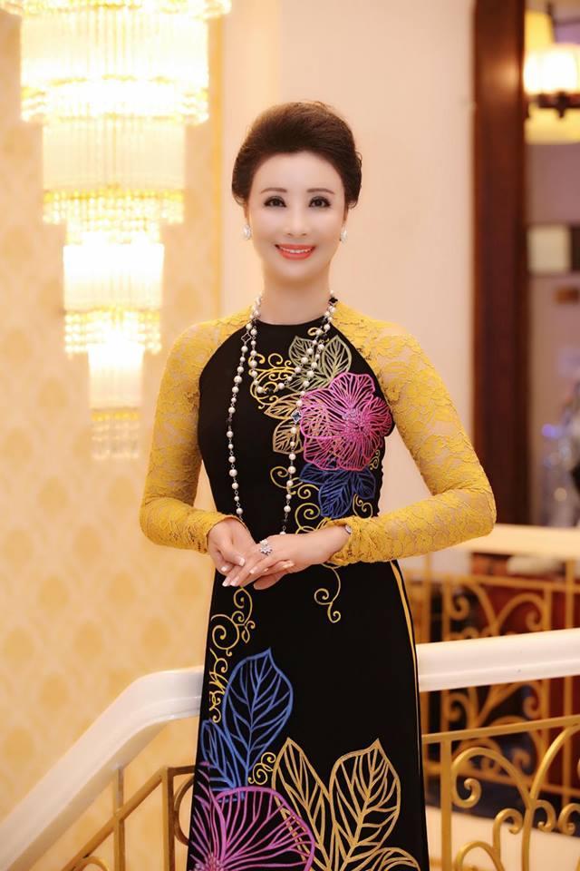 Vượt Hoa hậu Hoàn vũ Việt Nam, vương miện Hoa hậu Đại dương 2017 lên tới 3,2 tỷ đồng-3