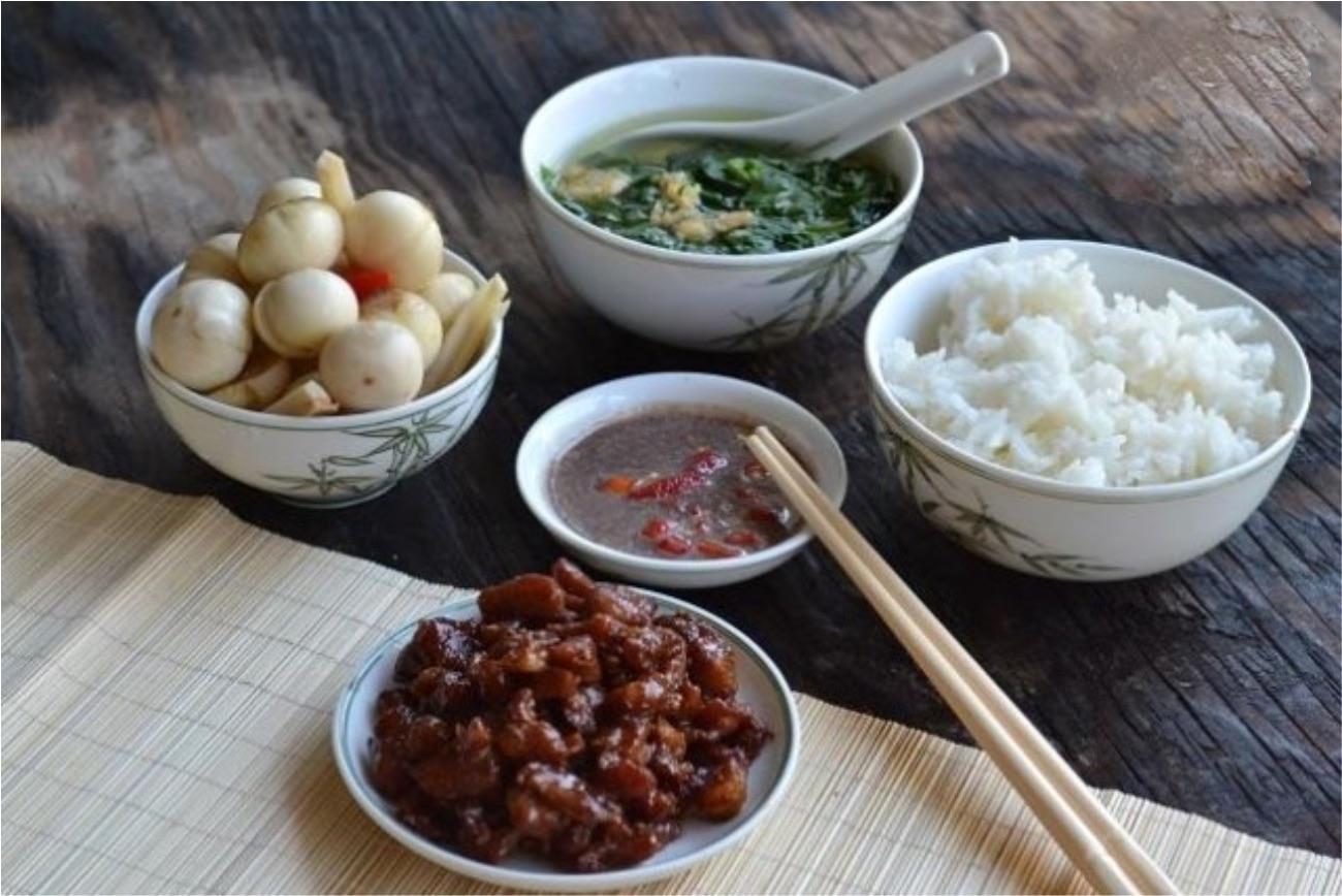 Mắm cáy Bình Lục luôn là đặc sản không thể thiếu trong mỗi bữa ăn