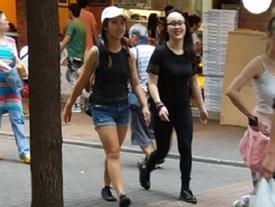 'Con rơi' của Thành Long lại bỏ nhà theo bạn gái đồng giới