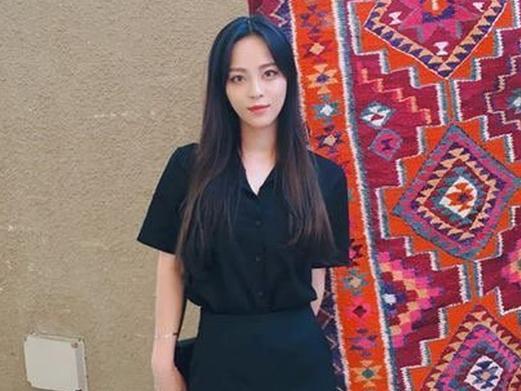 Nghịch lý vũ công phụ họa gây bão vì… đẹp đến mức át cả ca sĩ chính Sunmi
