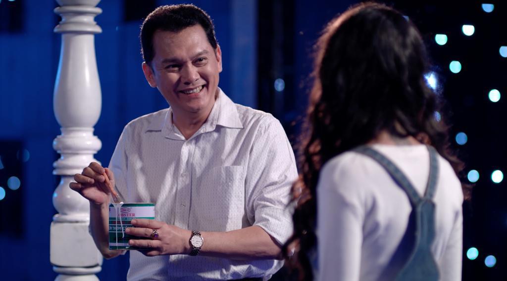 Hữu Vi bất lực nhìn Angela Phương Trinh tình tứ với Rocker Nguyễn-6