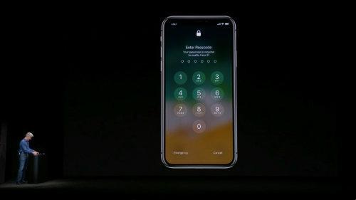 NÓNG: iPhone X dính lỗi trình diễn Face ID, lãnh đạo tái mặt-1