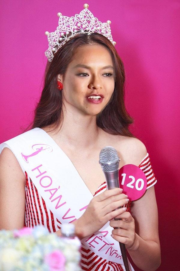 Mai Ngô thi Hoa hậu Hoàn vũ, fan lại được khen cười ngả nghiêng vì ảnh chế-3