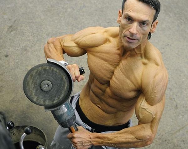 Choáng khi thấy người đàn ông 48 tuổi bị quắt hết mỡ cơ thể-1
