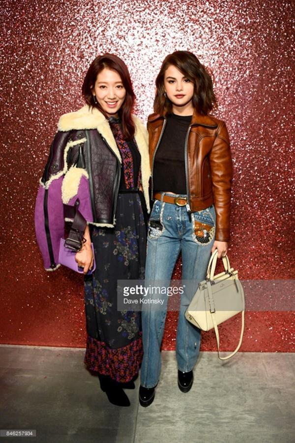 Park Shin Hye váy vóc điệu đà, Jessica Jung kín cổng cao tường tham dự NYFW-4