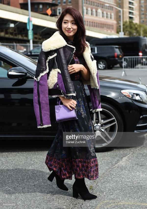 Park Shin Hye váy vóc điệu đà, Jessica Jung kín cổng cao tường tham dự NYFW-5