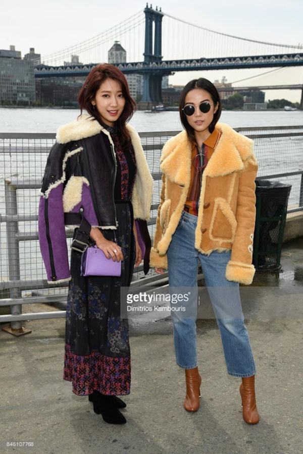 Park Shin Hye váy vóc điệu đà, Jessica Jung kín cổng cao tường tham dự NYFW-7
