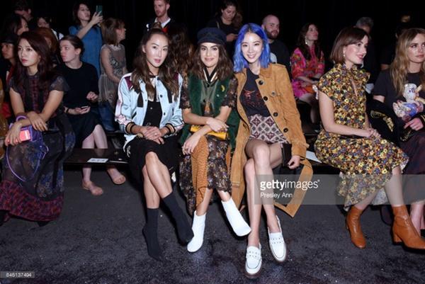 Park Shin Hye váy vóc điệu đà, Jessica Jung kín cổng cao tường tham dự NYFW-8