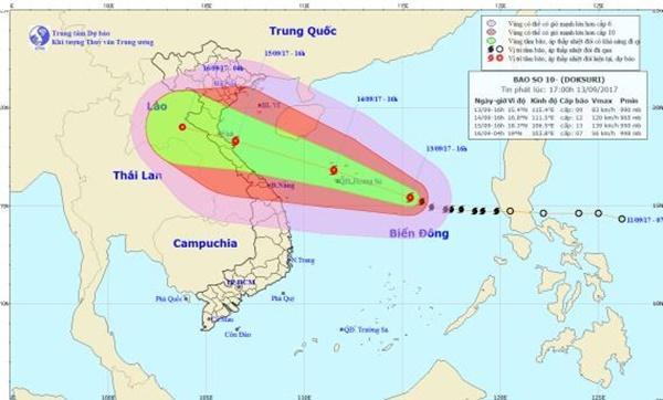 Bão số 10 giữ nguyên hướng di chuyển, cảnh báo cấp 4 khu vực Nghệ An - Quảng Bình-1