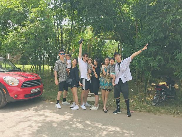 3 gia đình hot nhất mạng xã hội khoe ảnh đi du lịch chung khiến fan phát hờn-1