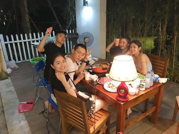 3 gia đình hot nhất mạng xã hội khoe ảnh đi du lịch chung khiến fan phát hờn-13