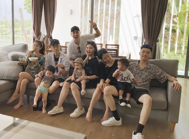 3 gia đình hot nhất mạng xã hội khoe ảnh đi du lịch chung khiến fan phát hờn-2
