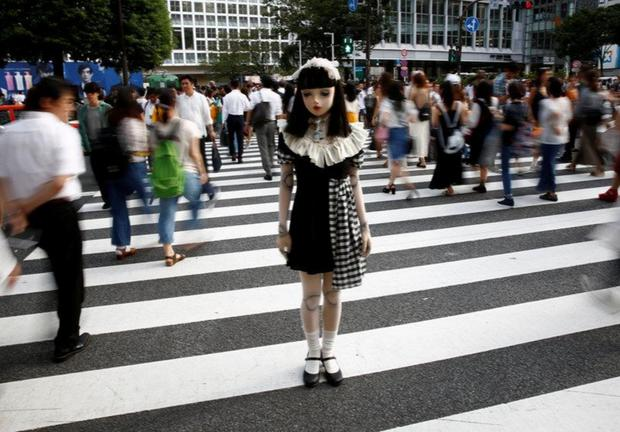 Chân dung búp bê sống tại Nhật Bản: Khi ranh giới giữa người và búp bê gần như bị xóa nhòa-5