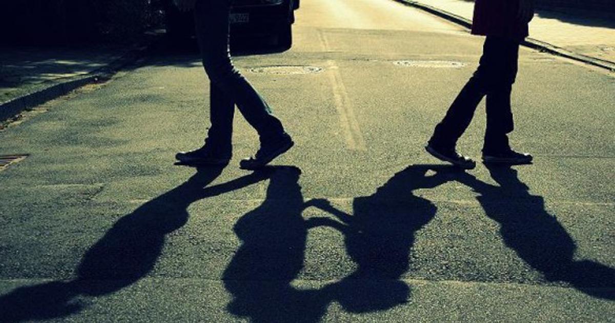 Chúng ta có vô vàn lí do để yêu nhau, vậy nhưng chia tay thì chỉ vỏn vẹn từ không hợp-1